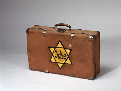 Travel with the jew (summer collection)